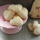 Heart-Shaped Baiser